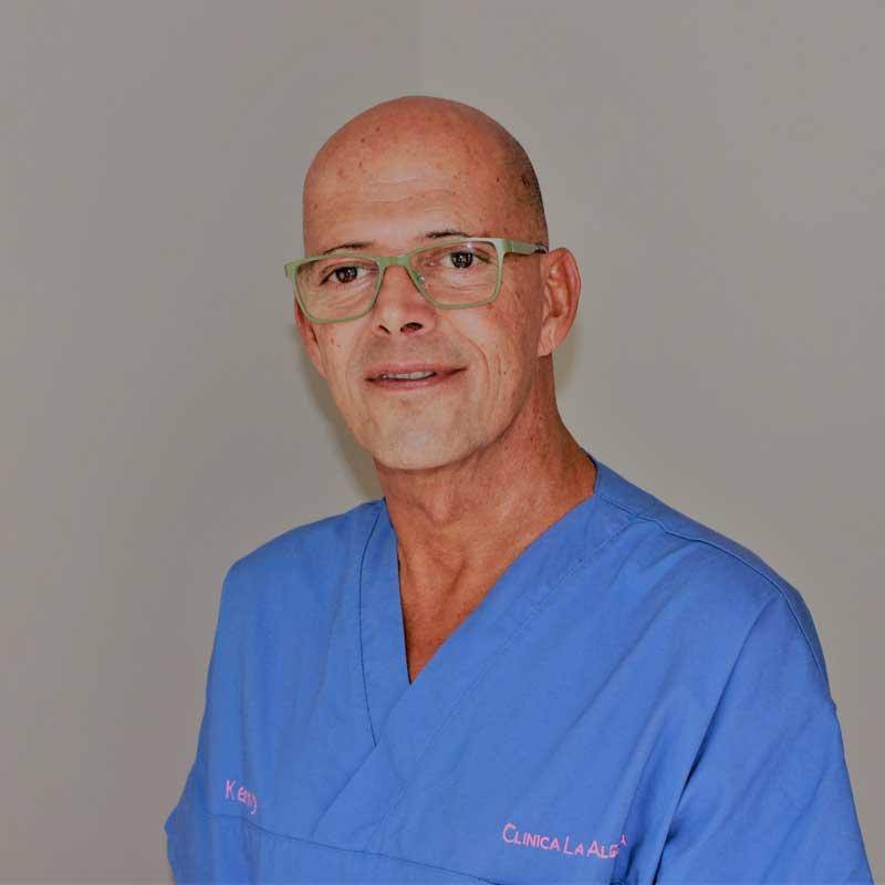 Clinica La Alegria - Kenny Storms - Verpleger